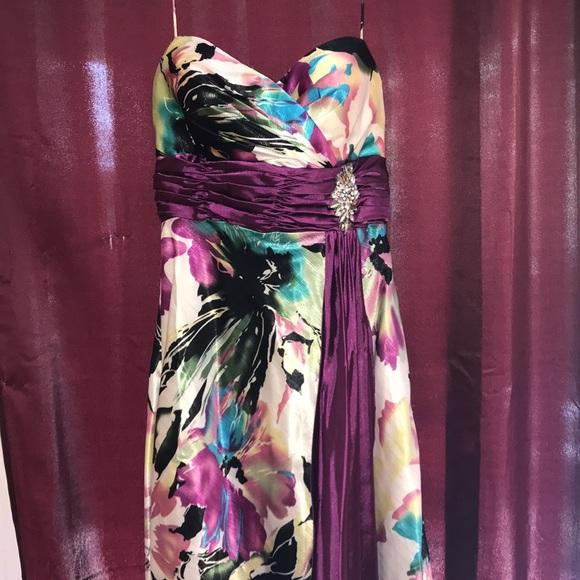 Tiffany Designs Dresses & Skirts - Tiffany Formal Dress